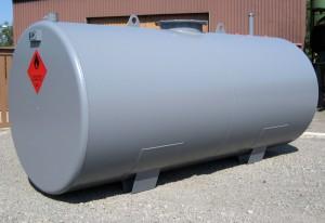 Kuivurisäiliö on tarkoitettu kuivurin lämmitysöljyn varastoimiseen